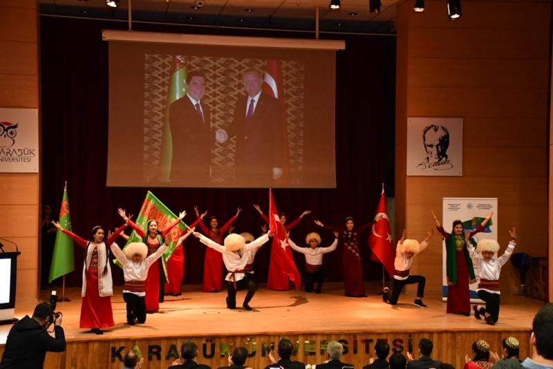 http://www.karabuk.gov.tr/kurumlar/karabuk.gov.tr/Vali%20Fuat%20G%C3%9CREL/2020/02-SUBAT/25-02-2020/Turkmenistan/VBM_1787.JPG