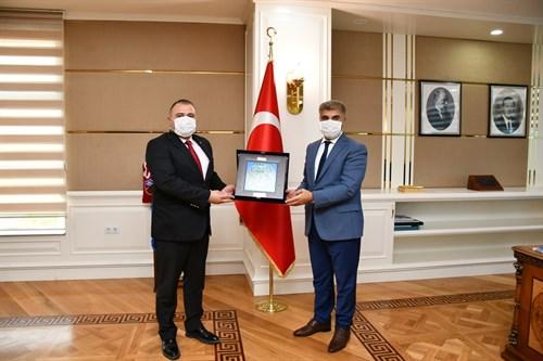Iğdır Melekli Belediye Başkanı Coşar'dan, Vali Gürel'e nezaket ziyareti
